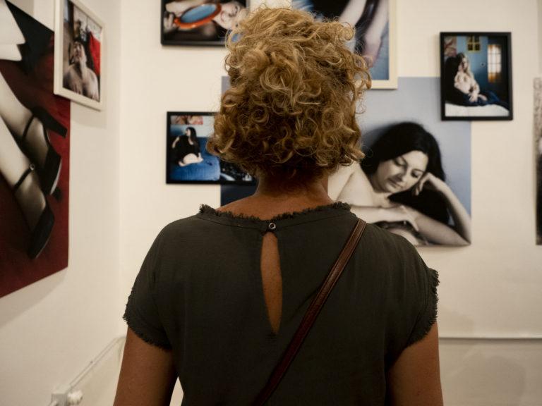 Il Vernissage della mostra di Simone Cerio
